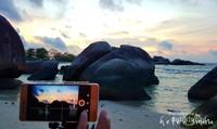 Jangan lupa mengabadikan keindahannya lewat kamera ponsel