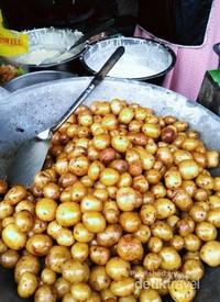 Potatoball kuliner pilihan yang patut di coba di desa sekunir