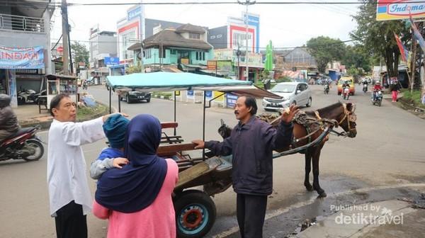 Delman di Lembang bisa ditemui hampir di setiap sudut jalan