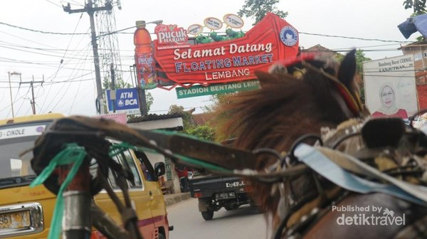 Rute yang dilalui akan melewati berbagai objek wisata di Lembang salah satunya floating market