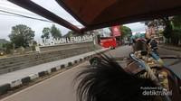Beberapa icon Lembang pun juga kami lalui, seperti alun-alun Lembang