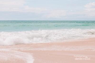 Mungkin Ini Pantai Terindah di Bali
