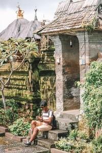 Desa Adat Penglipuran menjadi contoh desa wisata pertama di Indonesia tahun 1995