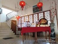 Interior unik Pantjoran Tea House