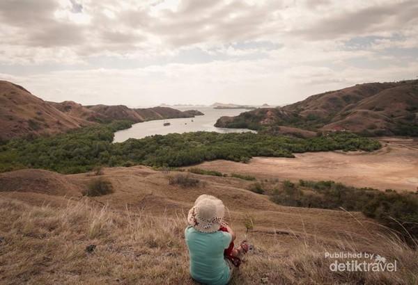 Landscape Pulau Rinca yang memukau