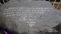 Pesan Gubernur DKI Jakarta pada saat itu (tahun 1977).