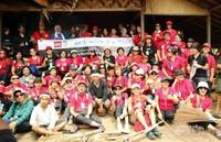 NES Peduli dan para relawan yang siap membersihkan kampung suku baduy luar