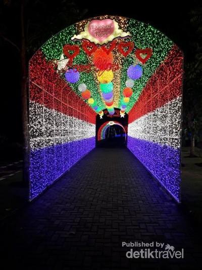 Cantik Banget! Ini Taman Lampu Instagenic di Yogyakarta
