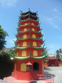 Pagoda tempat penyimpanan abu