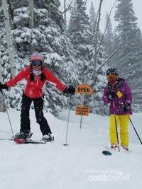 Serunya main ski di Steamboat Springs Colorado