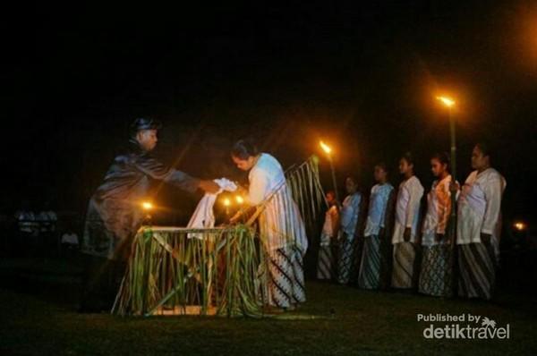 Ritual Rora Ake Dango