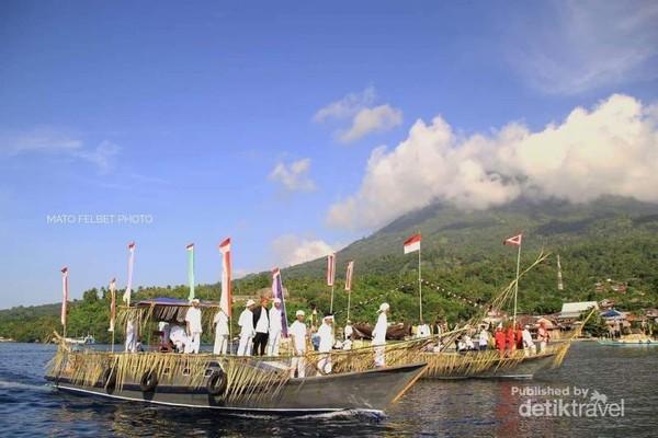 Parade Lufu Kie,perjalanan mengelilingi pulau Tidore