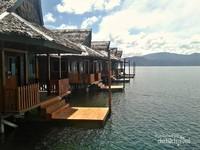 Deretan resor bisa disewa bagi wisatawan yang ingin menikmati indahnya Bobanehena