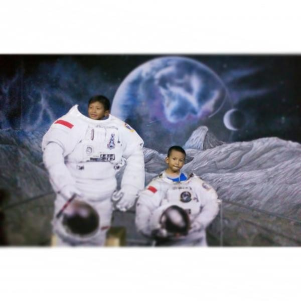 Jadi astronot