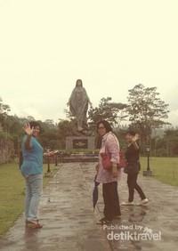 Sejuknya Taman Doa di lereng Merapi