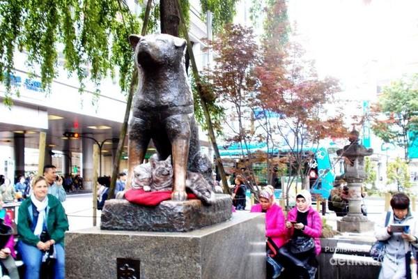 Patung Hachiko yang melegenda