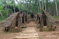 Rumah Seribu Kayu Negeri Dongeng yang sangat eksotis.