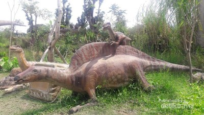 Serunya Long Weekend di Dino Park Jatim 3