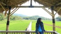 Jaraknya pun tak terlalu jauh dari tempat wisata lain di daerah Mangunan Bantul