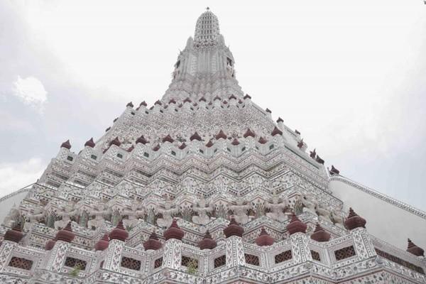 Berkunjung ke Wat Arun