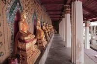 Berkunjung ke Wat Pho