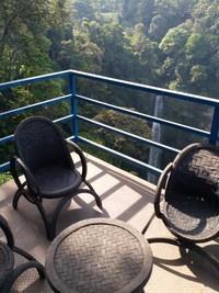 Terdapat spot untuk santai dan istirahat menuju air terjun