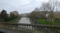 Sungai indah yang menyambut kita saat memasuki kota