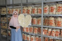 Aneka kerupuk Palembang bisa menjadi pilihan  buah tangan untuk kerabat dan teman-teman dekat.