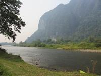 Berbagai aktivitas air seperti kayaking bisa dilakukan di Sungai Namsong