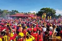 Puluhan ribu masyarakat menyaksikan perhelatan Bakar Tongkang.