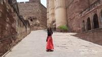 Mehrangarh Fort adalah salah satu benteng terbesar di India. Dibangun oleh Rao Jodha pada tahun 1460.Yang penuh dengan sejarah dan legenda.