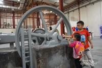Mesin Pabrik yang dicat ulang
