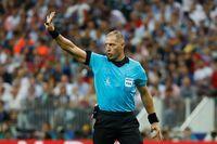 Wasit Final Piala Dunia Dituding Blunder, Menurut Anda?