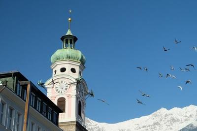 Kota Kecil Cantik di Eropa, Dikelilingi Pegunungan Alpen