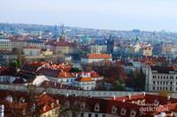 Pemandangan dari Praha Castle