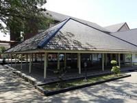 Ruang  Pendopo di bagian depan Museum Multatuli