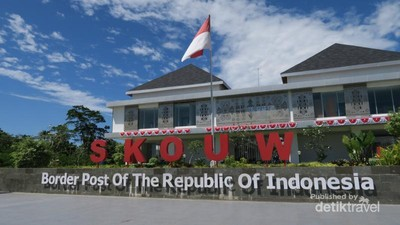 Pos Perbatasan Indonesia-Papua Nugini yang Megah Banget!