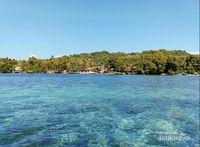 Pesona Laut dan Pulau Karampuang ,Mamuju, Sulawesi Barat