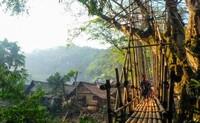 Jembatan di Kampung Gajeboh, Kawasan Baduy Luar