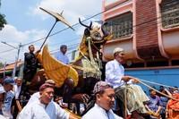 Iring-iringan pawai Festival Keraton Nusantara