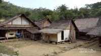 Rumah-rumah di Baduy Luar