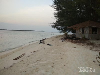 Pulau Menjangan Kecil Punya Pantai Cantik