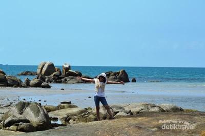 Ini Parai Tenggiri, Pantai Andalan Pulau Bangka