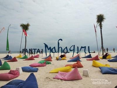 Warna-warni Pantai Mahagiri di Bali