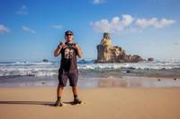 Karang di Pantai Buyutan yang instagramable