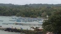 Deretan kapal nelayan di Pantai Timur Pangandaran