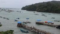 Pelabuhan menuju ke permainan air seperti jet ski, flying fish dan banana boat
