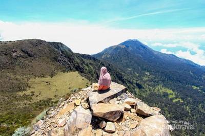 Jalur Penuh Misteri Menuju Gunung Arjuno