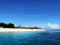 Pulau Kenawa dari kejauhan