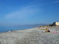 Pantai berbatu di Paola